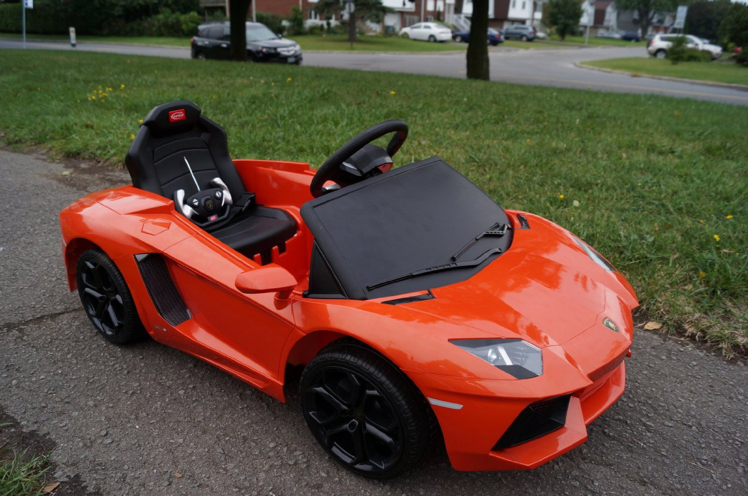 Lamborghini Lp700 Aventador 6v Electric Children S Battery Powered Under Licensed Ride On Car