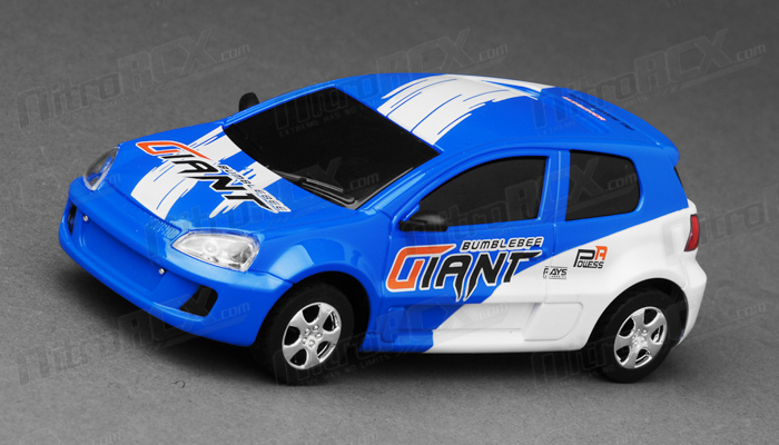 Great Wall Toys 1:43 Scale Black Blaze 2.4ghz Radio Control  Car (Blue)